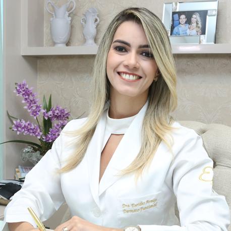 Dra. Eurides Araújo